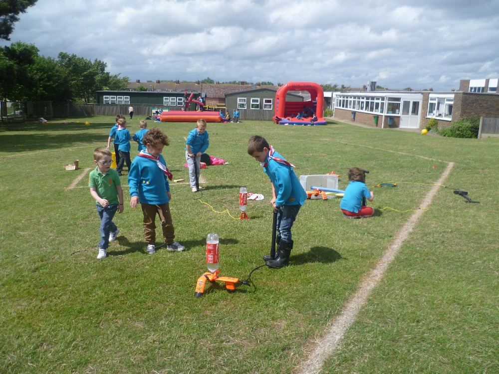 Beavers try the water rockets